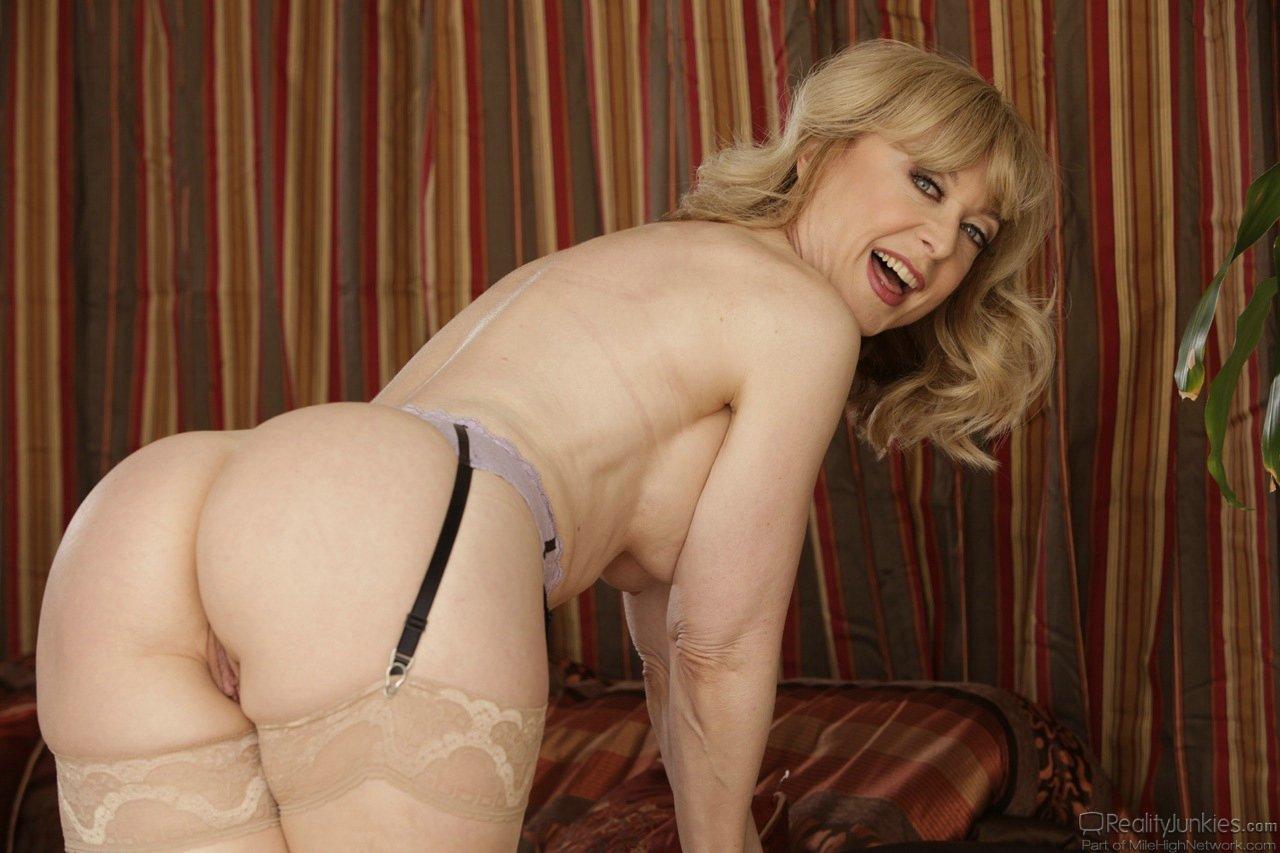 Nina Hartley Sexy