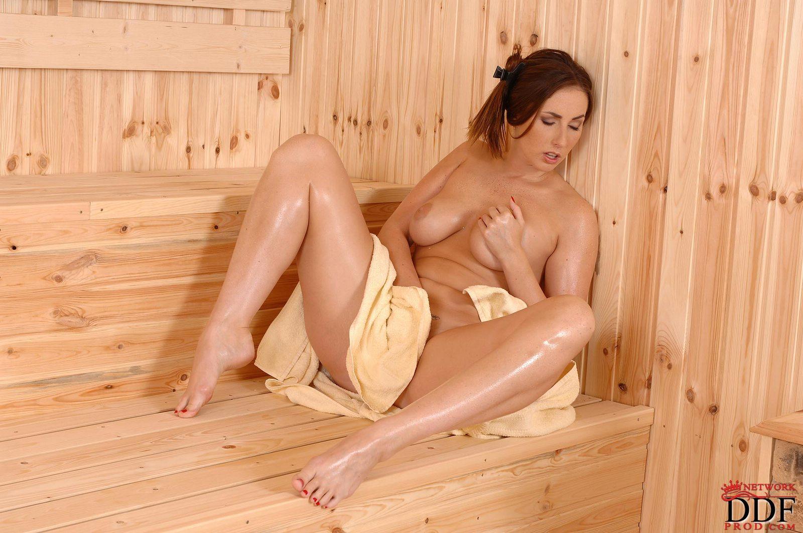 Sauna porn gallery — photo 3