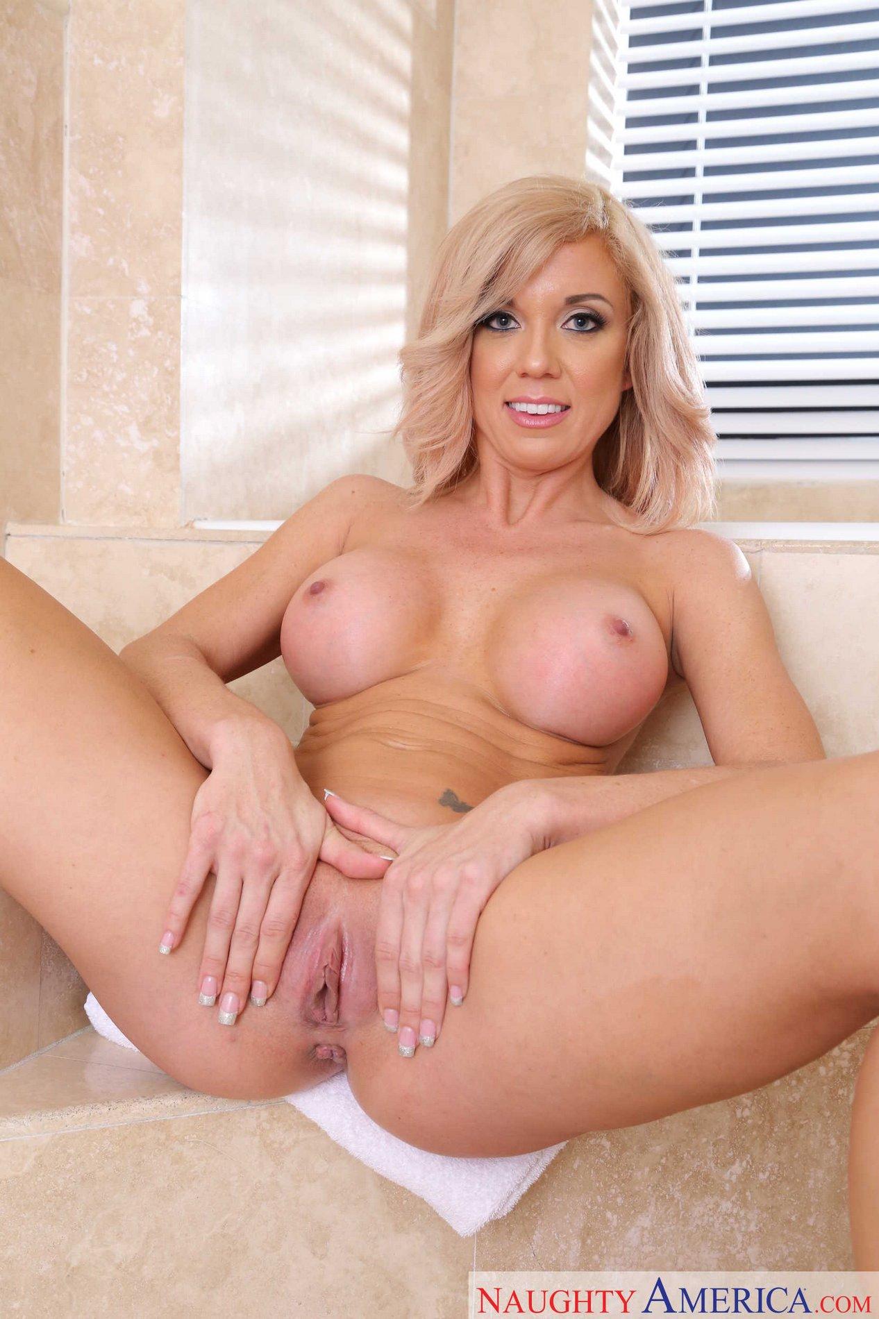Grace Parker Naked