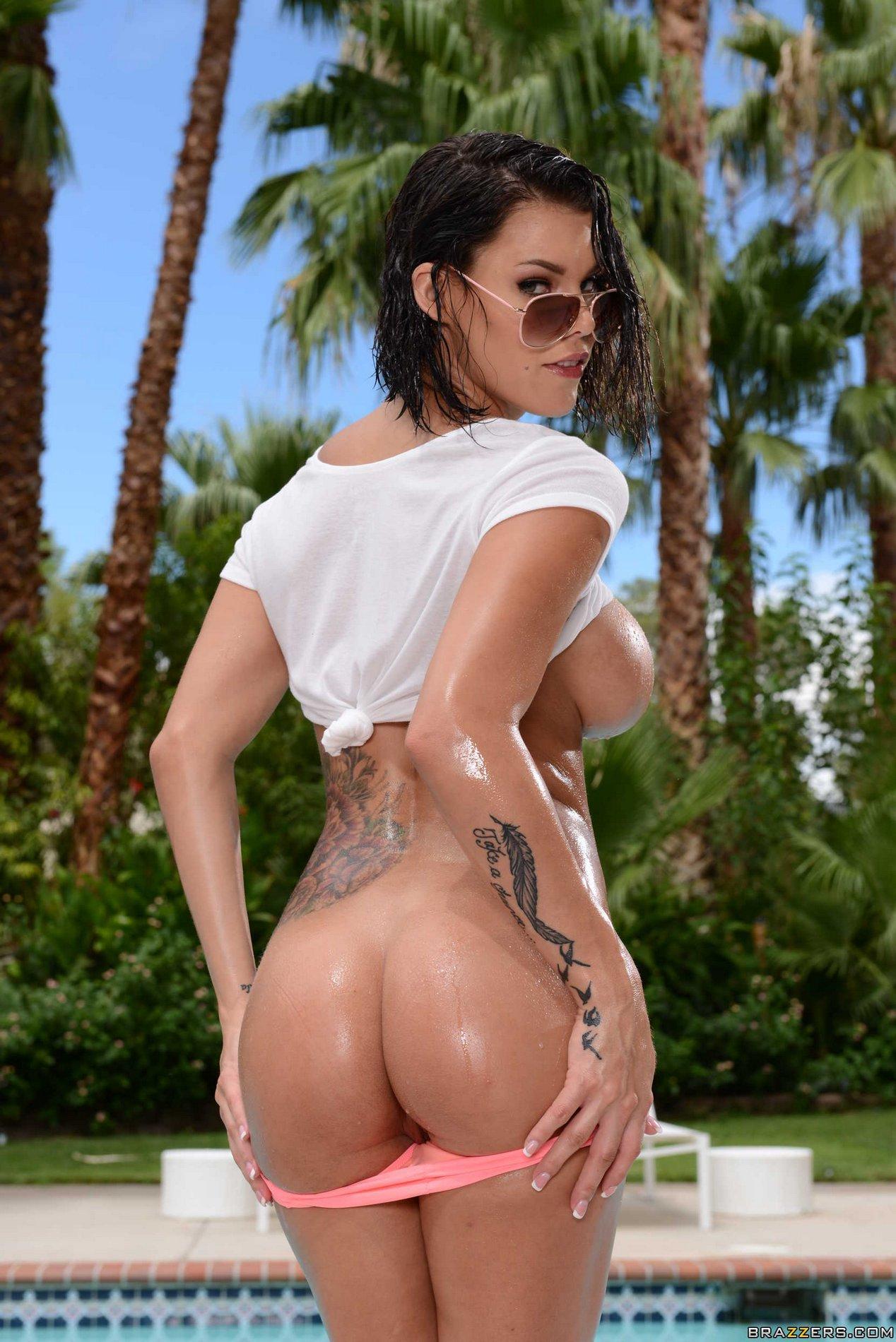 Amazing anal latina on the beach 8