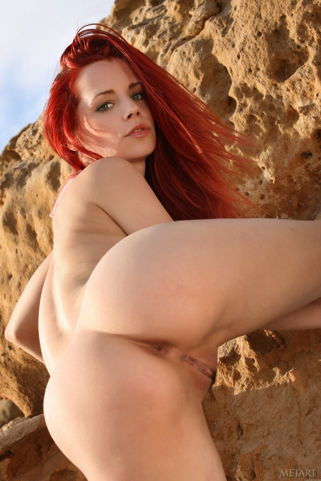 piper fawn exposes her hot body on the beach my pornstar