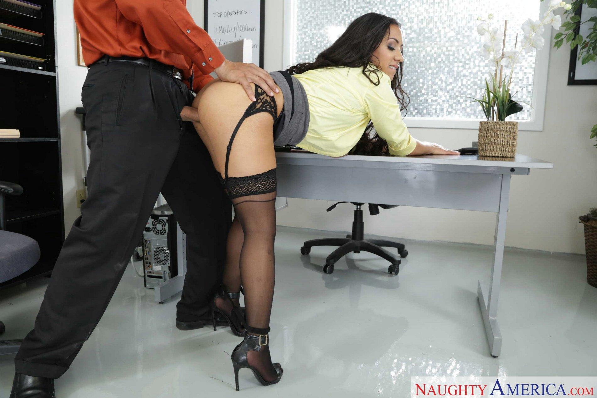 Ххх секретарши на столе, Порно Секретарша -видео. Смотреть порно онлайн! 1 фотография
