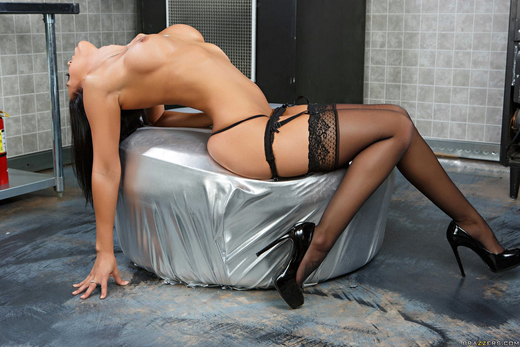 Rachel starr stockings impossible the