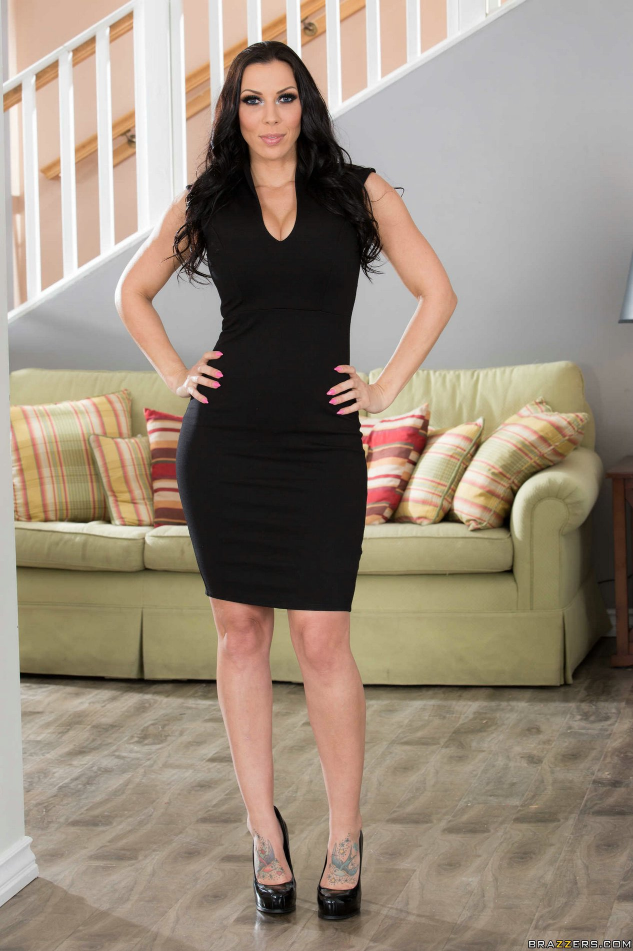 Rachel Starr in black dress and high heels strips for camera - My Pornstar Book