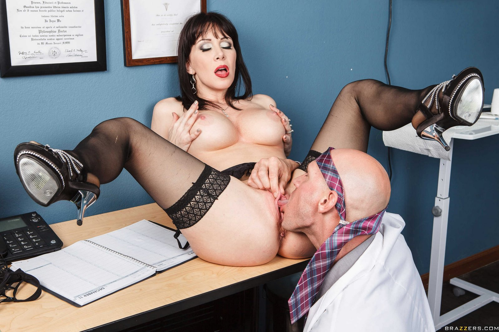 Rayveness and the doctor nude