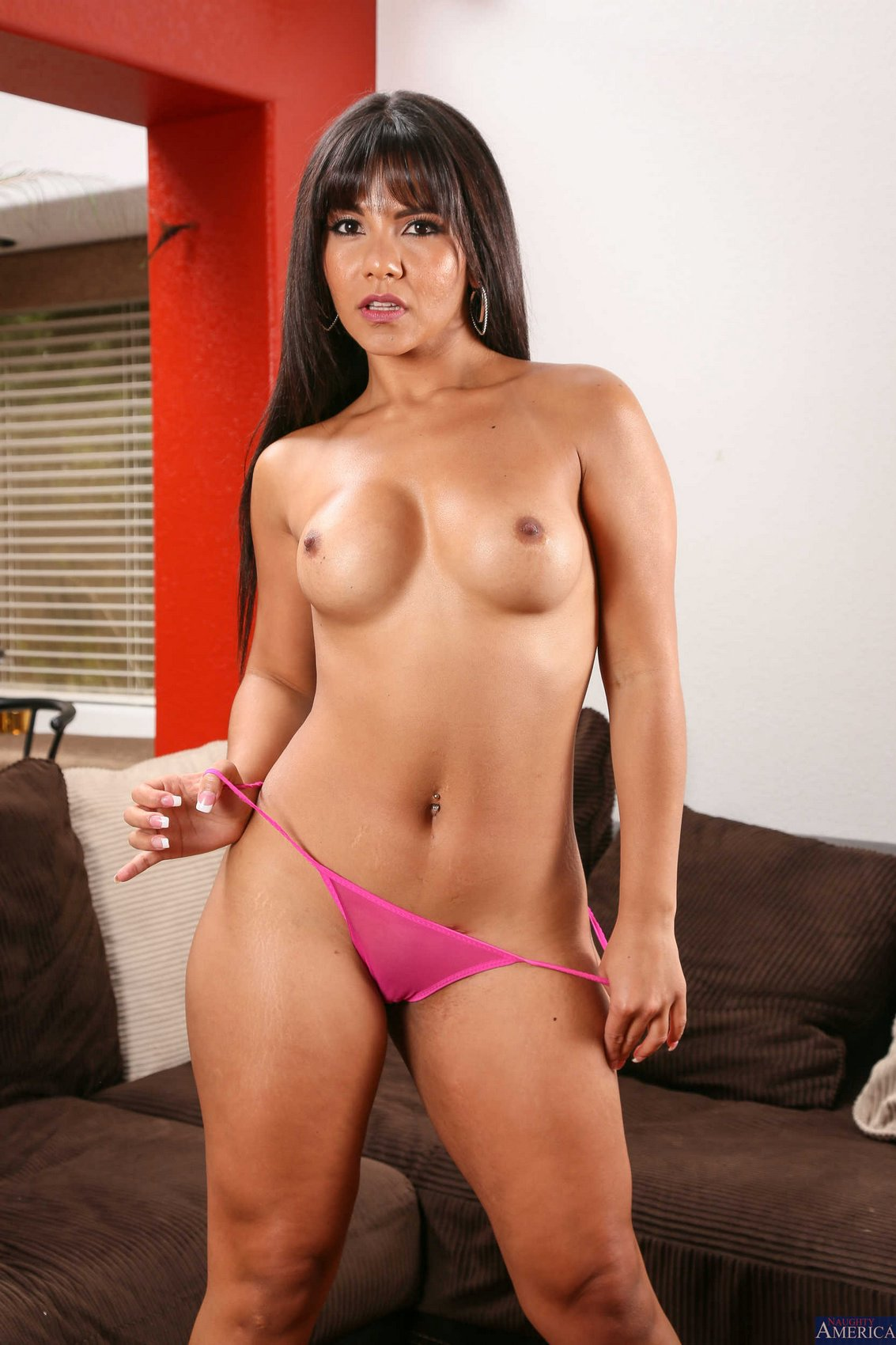 Showing of my asian ass 1fuckdatecom 6