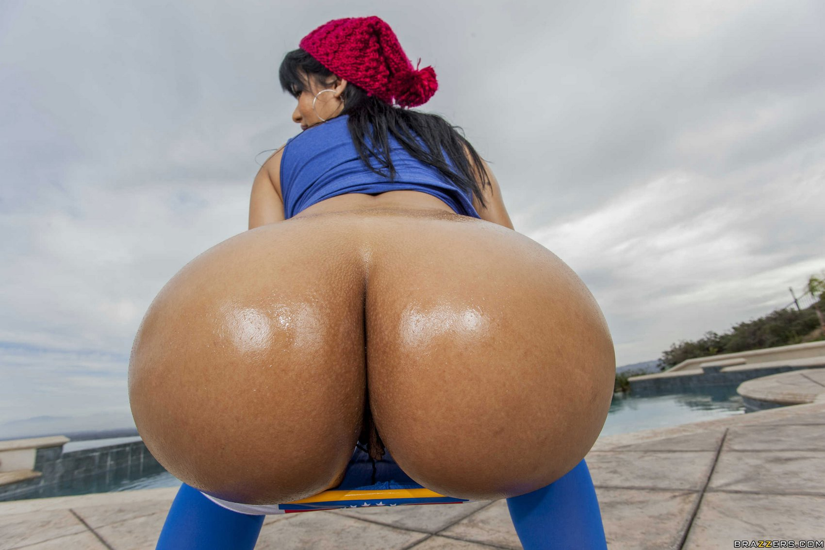 Rose monroe big ass