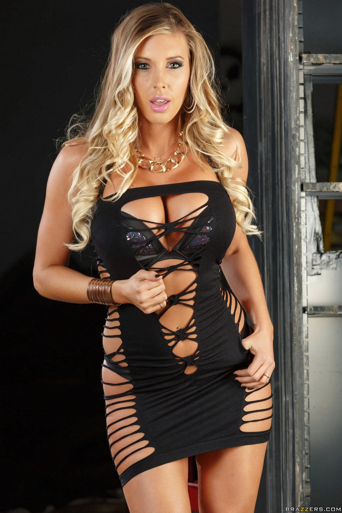 Samantha Saint In Sexy Dress Stripping And Posing For Your -6882