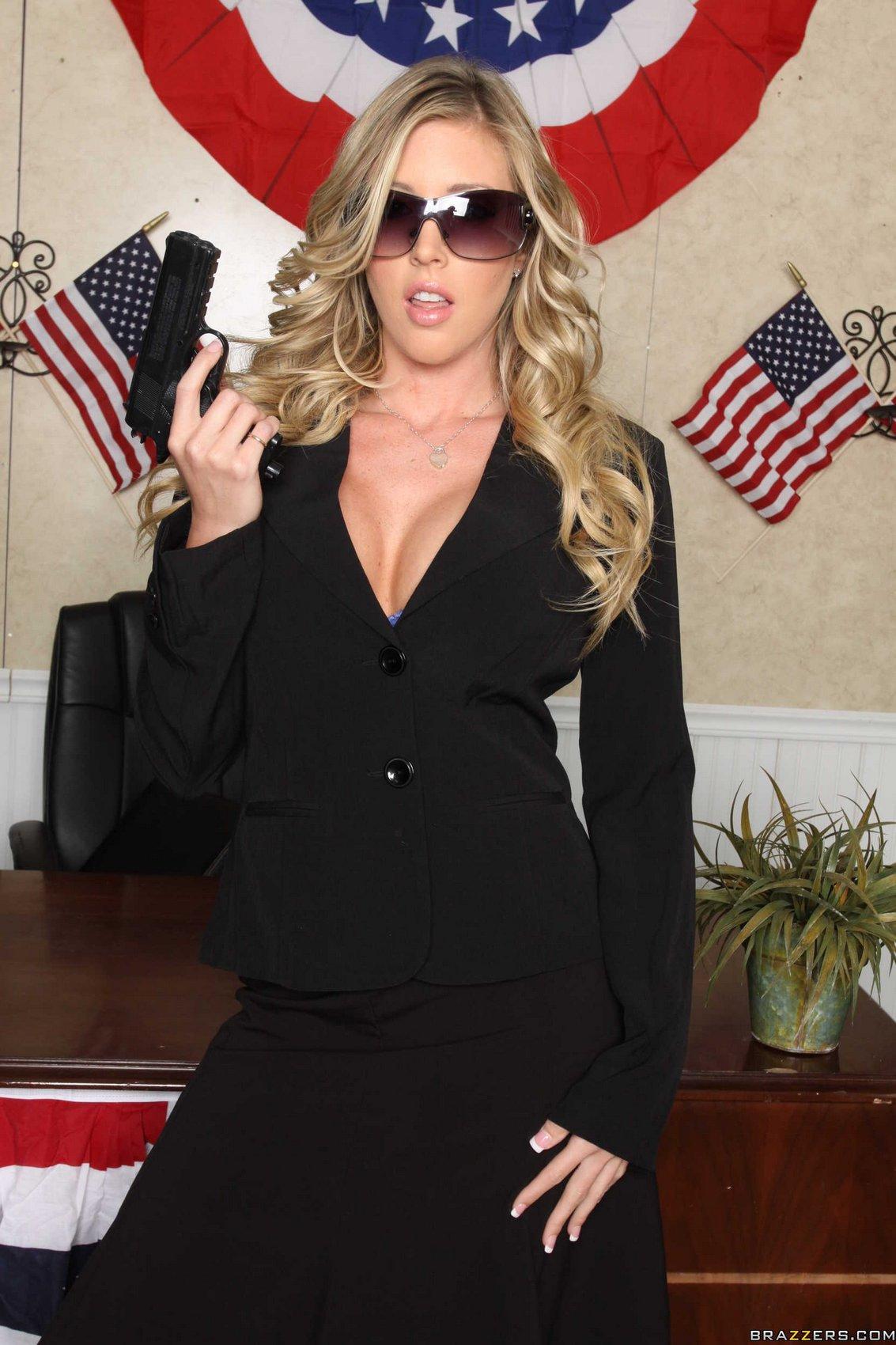 Samantha saint cop