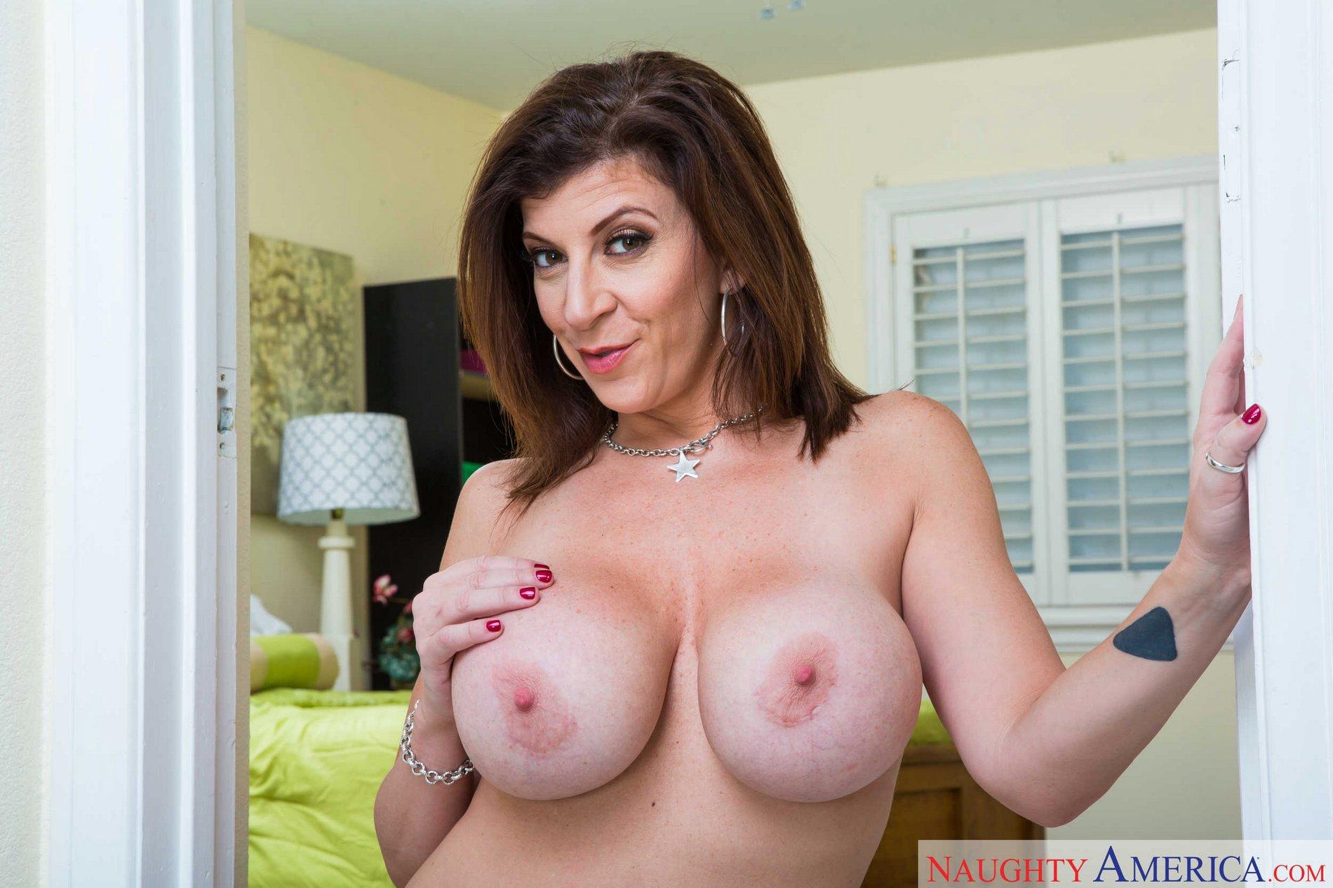 Watch Sara jay topless video