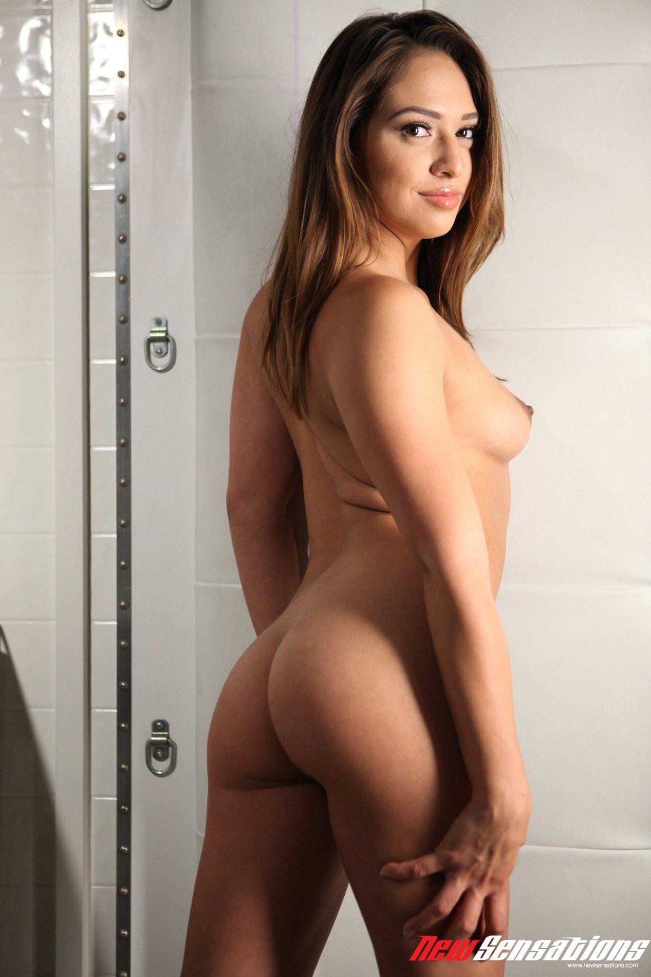 Sara luvv porn star