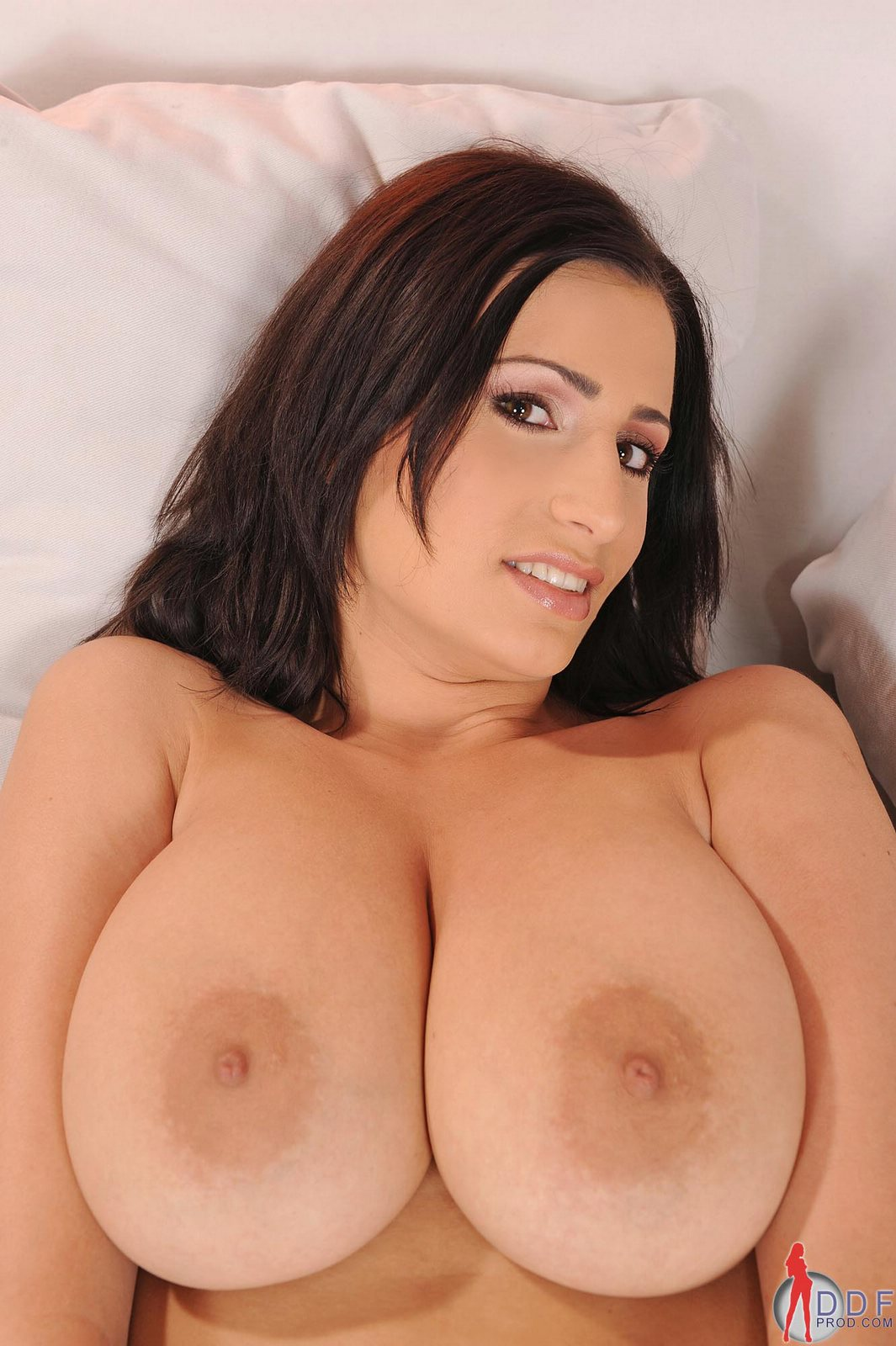 Sensual Jane Showing Off Her Natural Huge Tits - My -2300