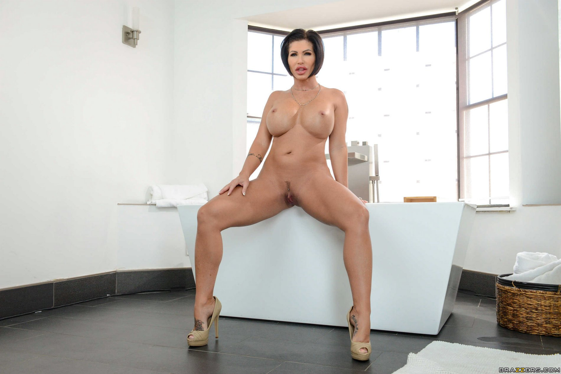 Shay Fox anal sexe