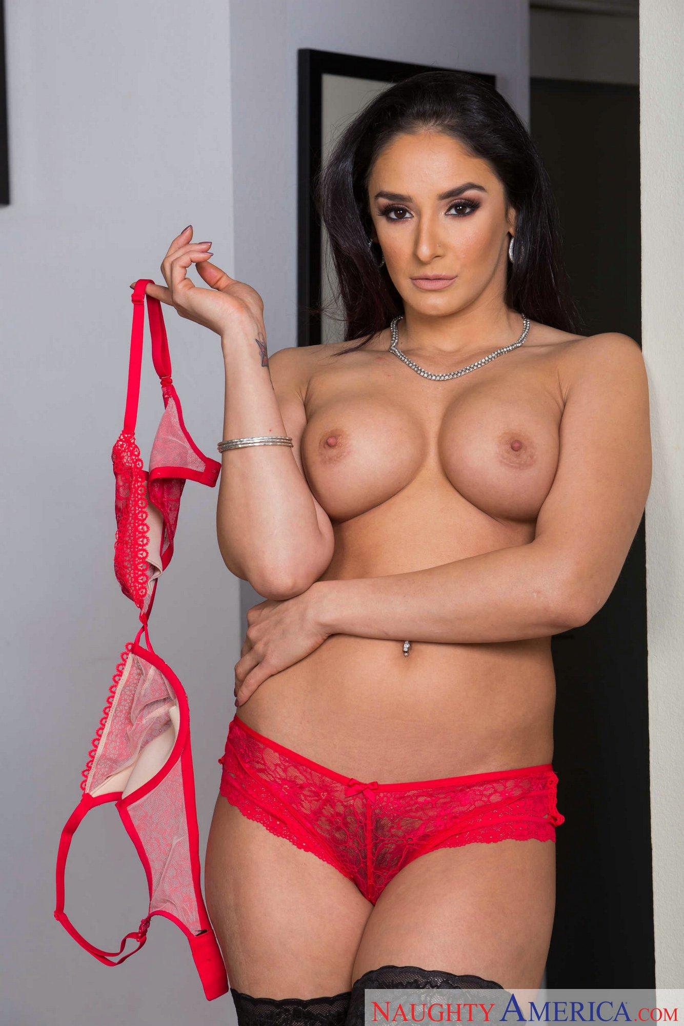 Sheena Ryder Pornos & Sexfilme Kostenlos - FRAUPORNO