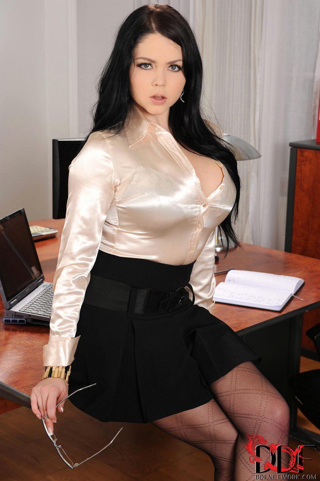 Hot sexy latina fucked hard