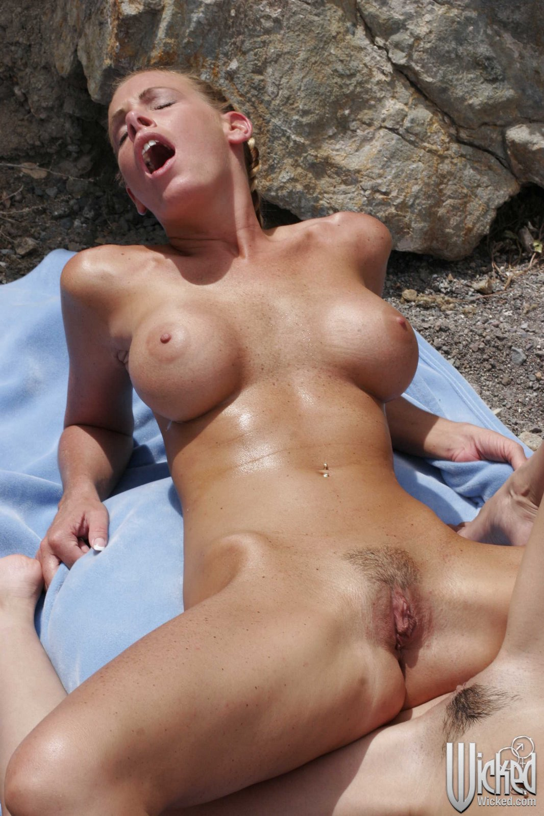 Nicole sheridan outdoor sex