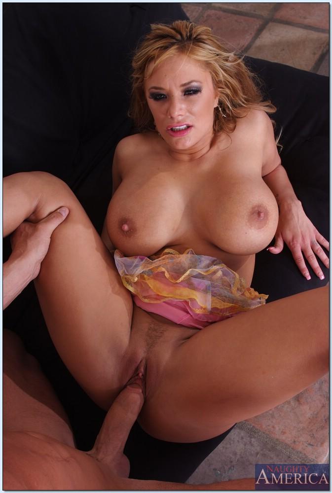 Chubby latina porn
