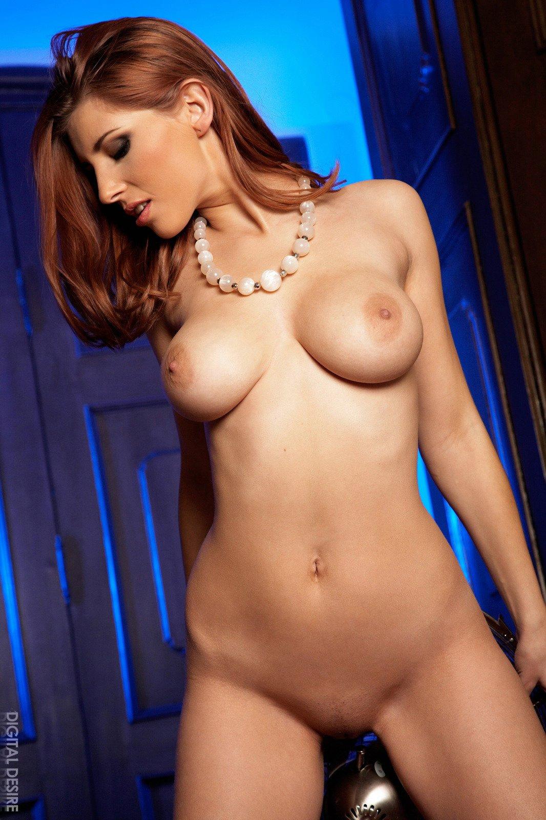 Busty redhead Simi exhibits her sexy body - My Pornstar Book