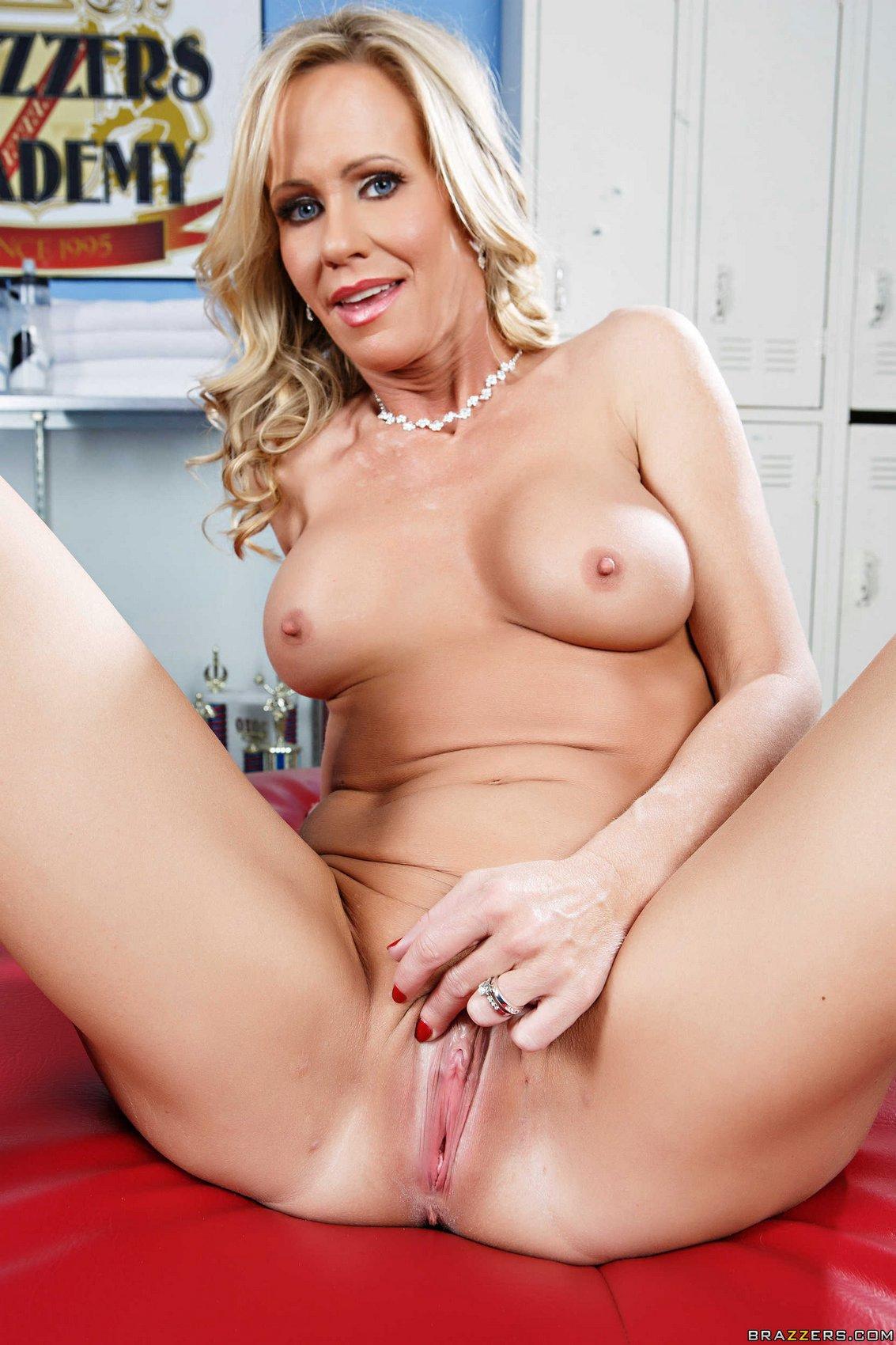Simone Sonay Porn