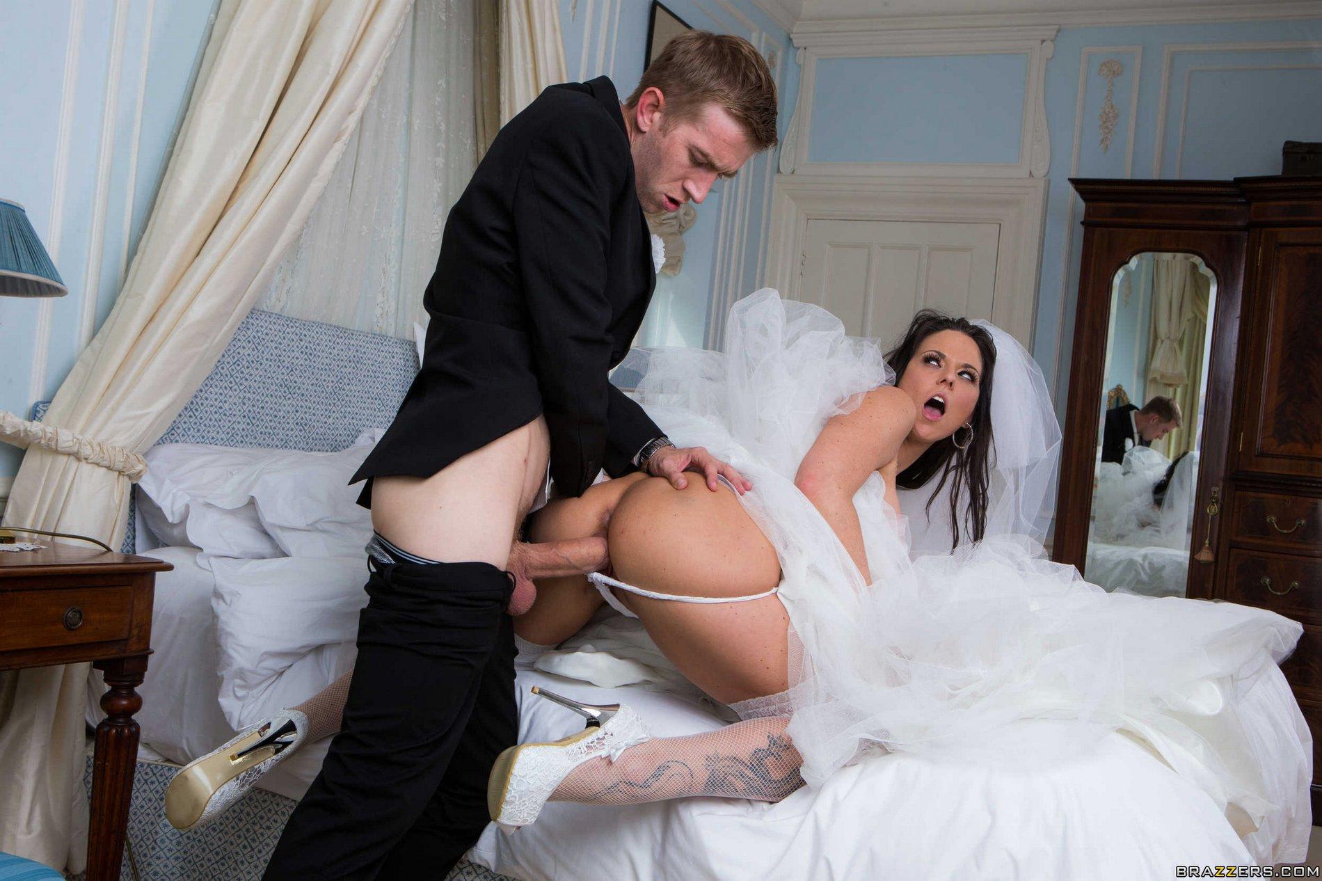 Смотреть порно групповуха про невесту, Невеста. Секс с невестами 28 фотография