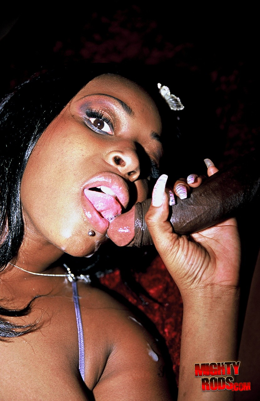 Skyy black big black butts wit thick dentz 2 9