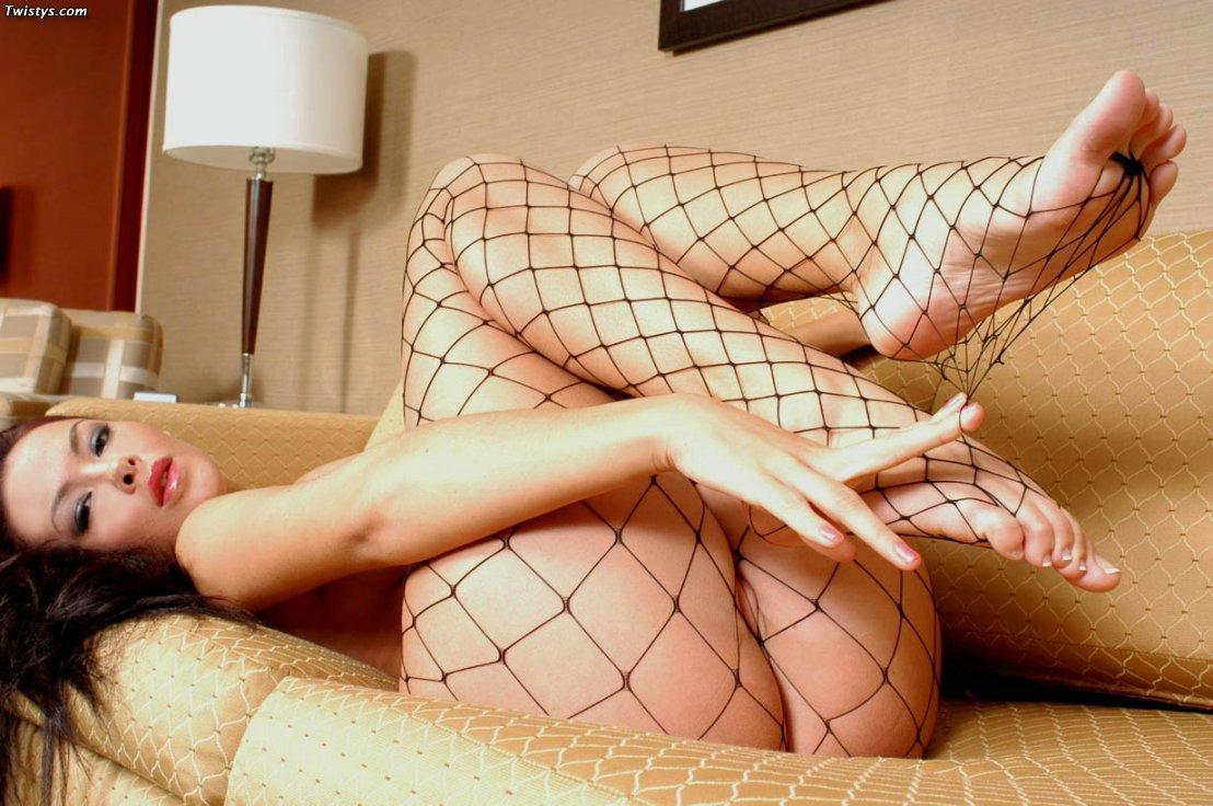 Sophia Santi Feet