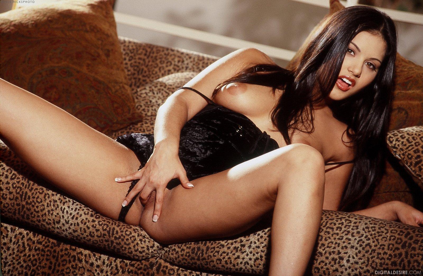 Sunny leone black lingerie