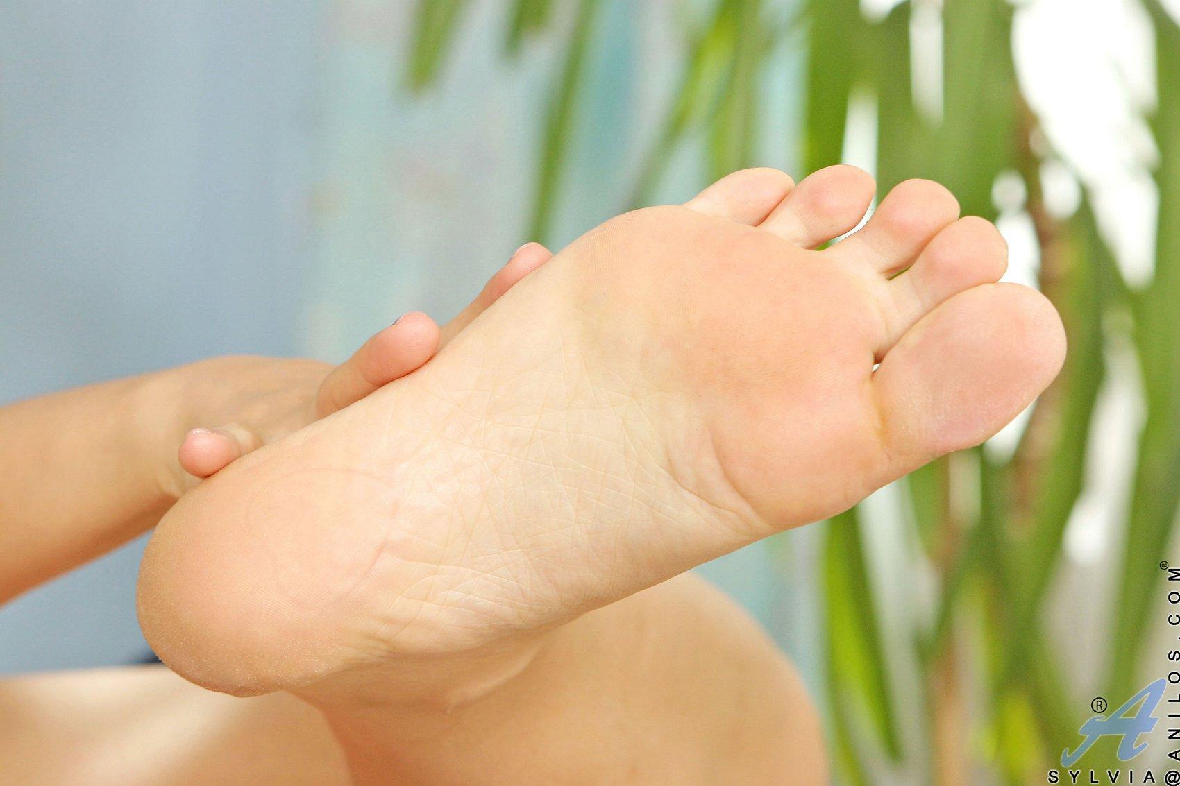lauren feet szilvia Sexy