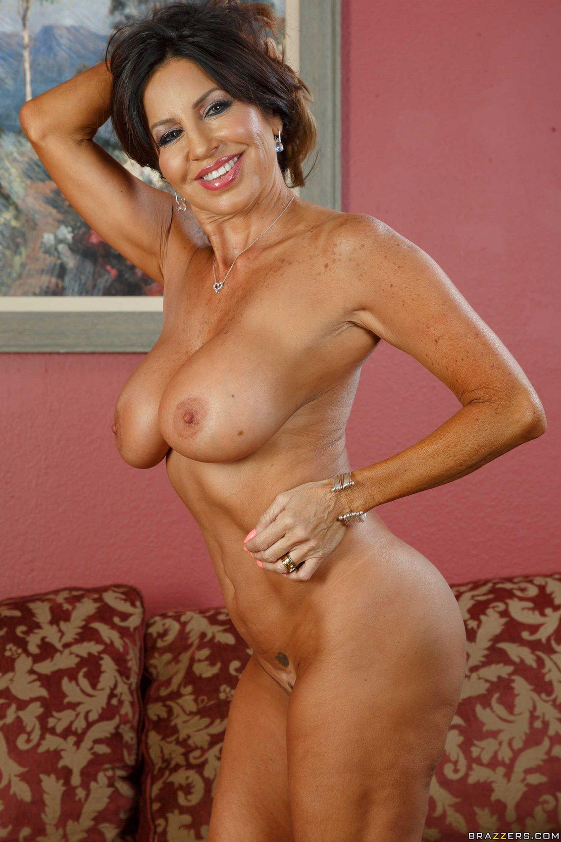 What tara holiday porn star nude photos