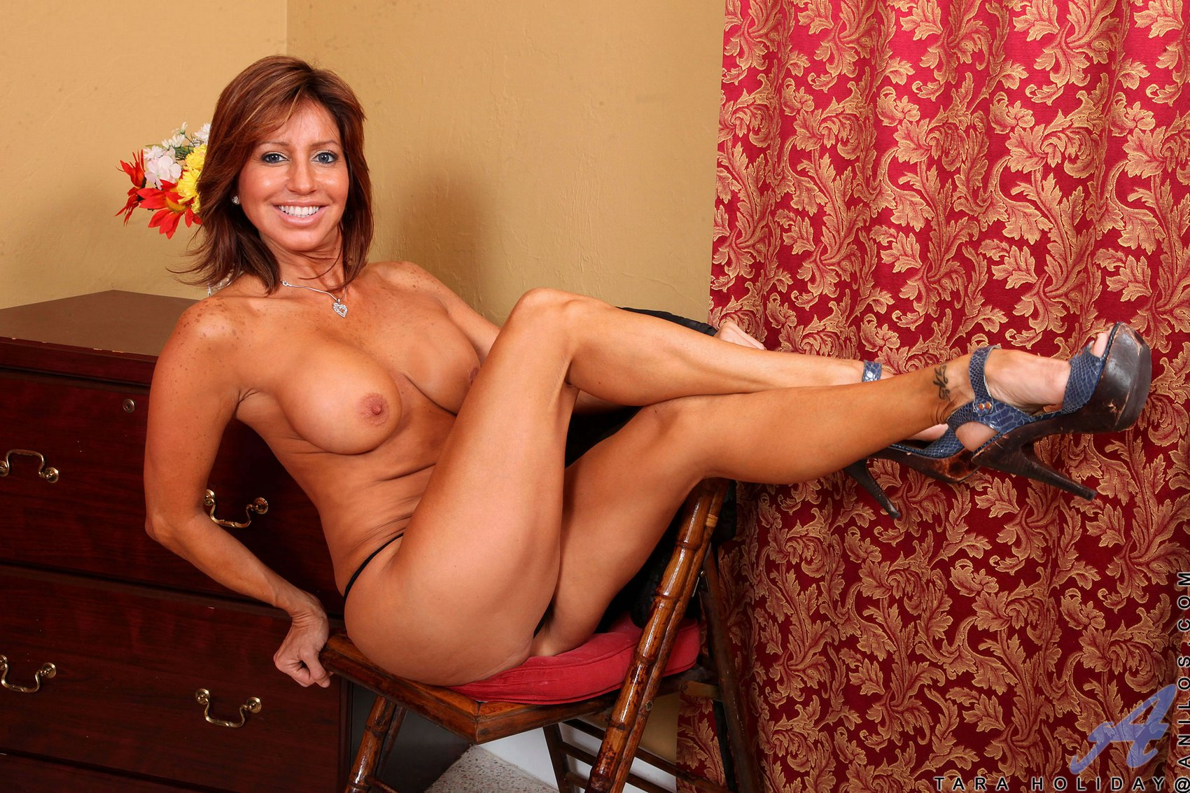 Scandal! Naked indo porn pose