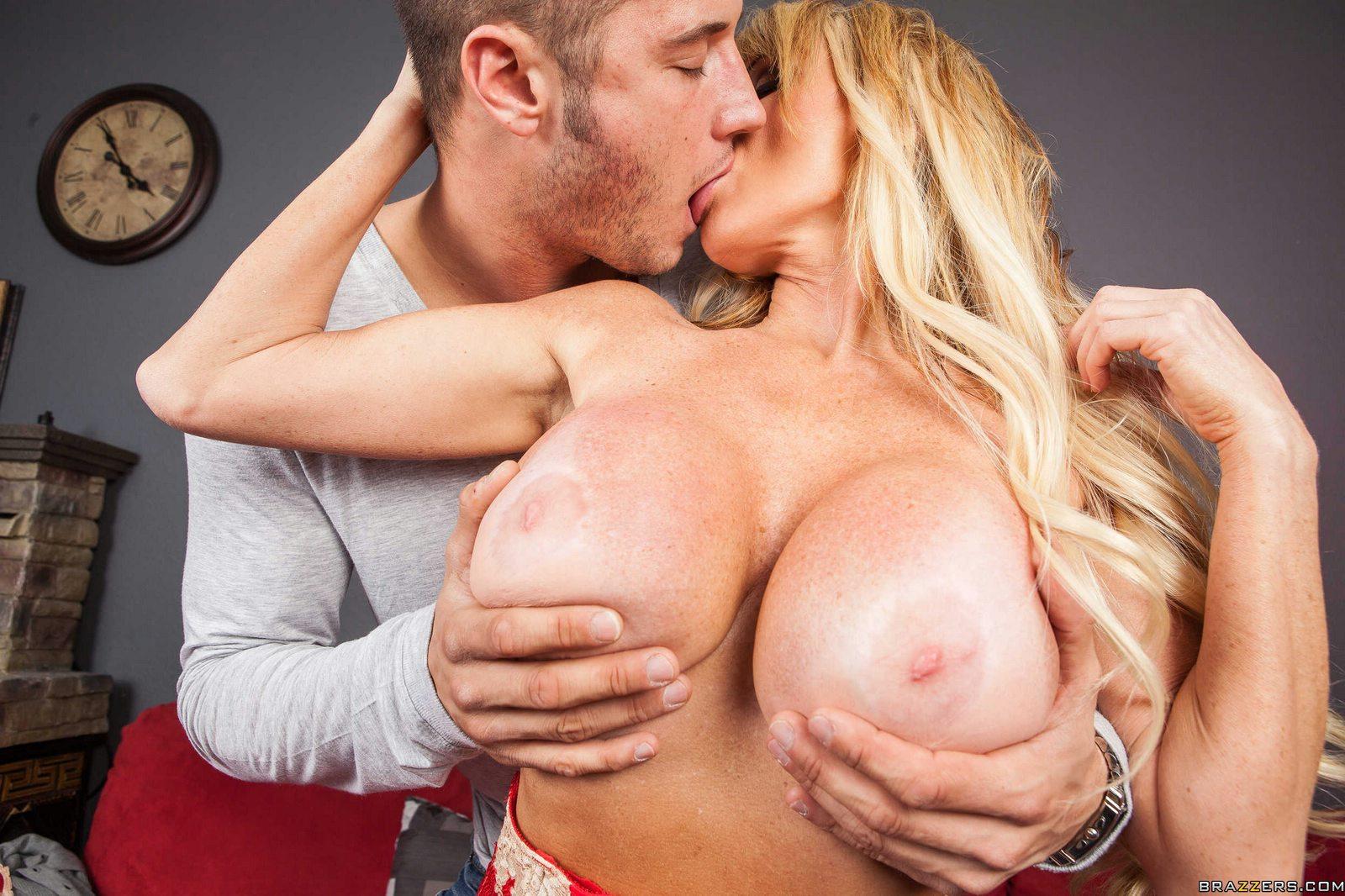 Sex amanda knox nude