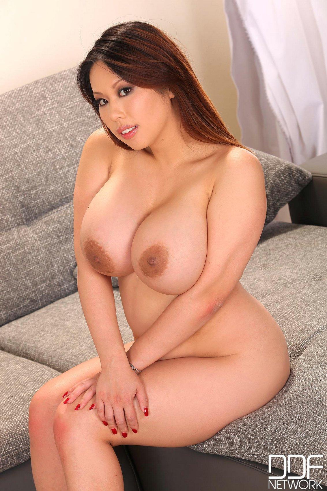 Curvy japanese porn pics