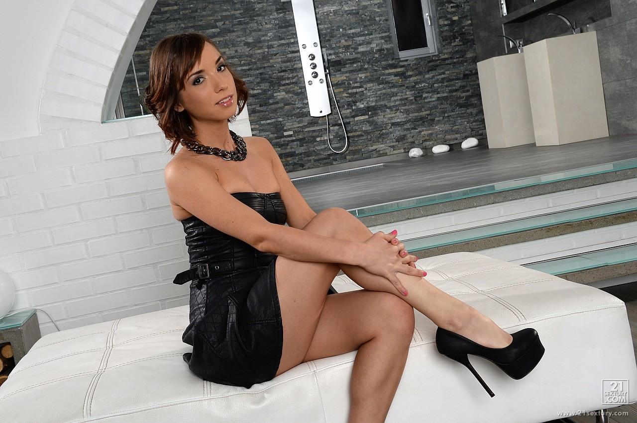 Black girls in high heels porn