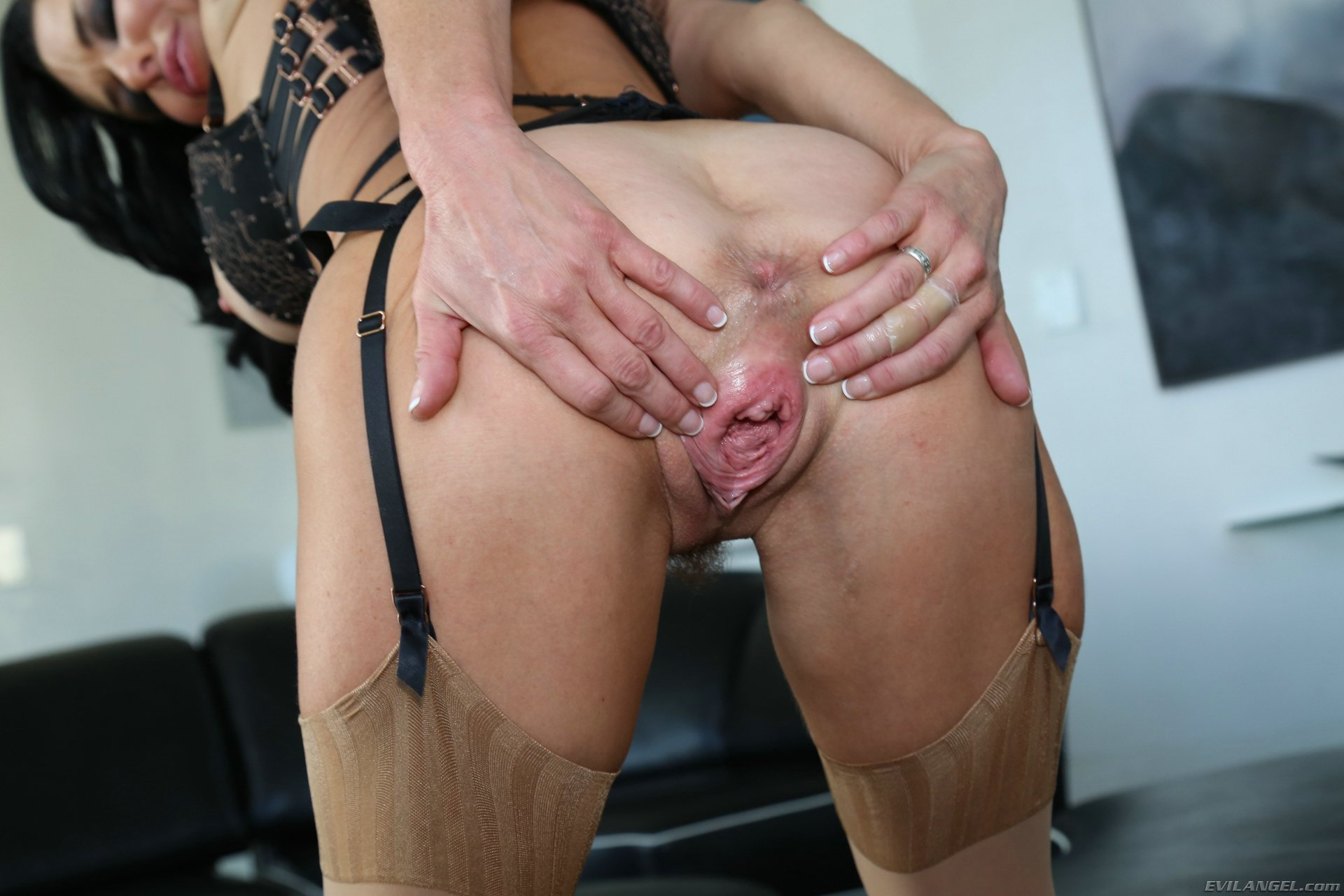 Veronica Avluv in nylons spreading her pussy - My Pornstar ...