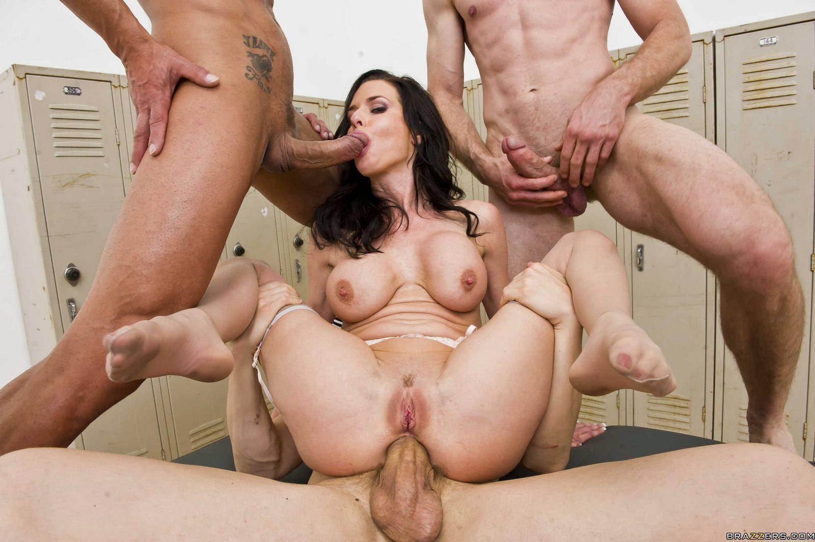Busty milf pornstar veronica avluv taking hardcore anal sex outdoors
