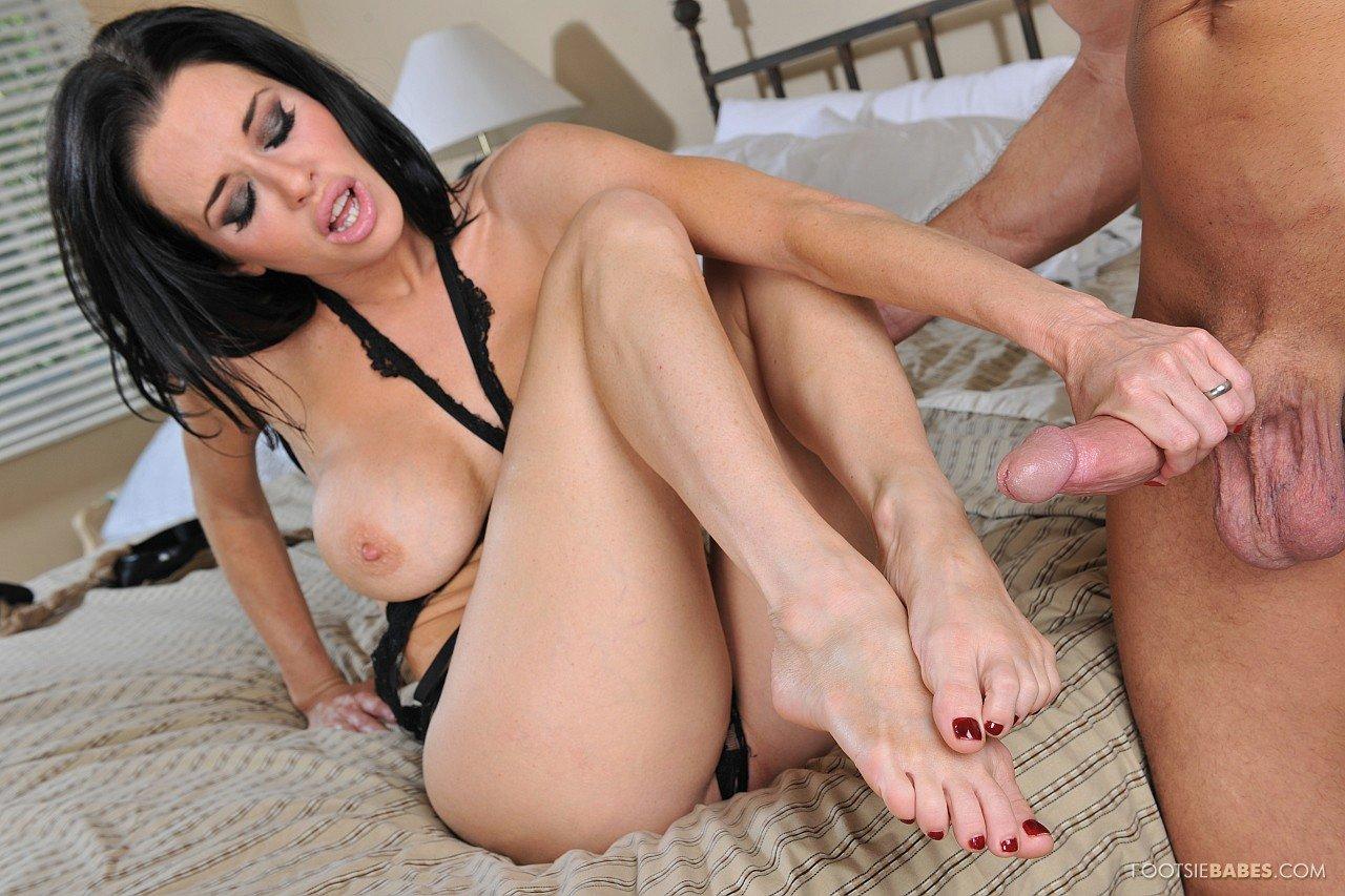 Veronica avluv feet