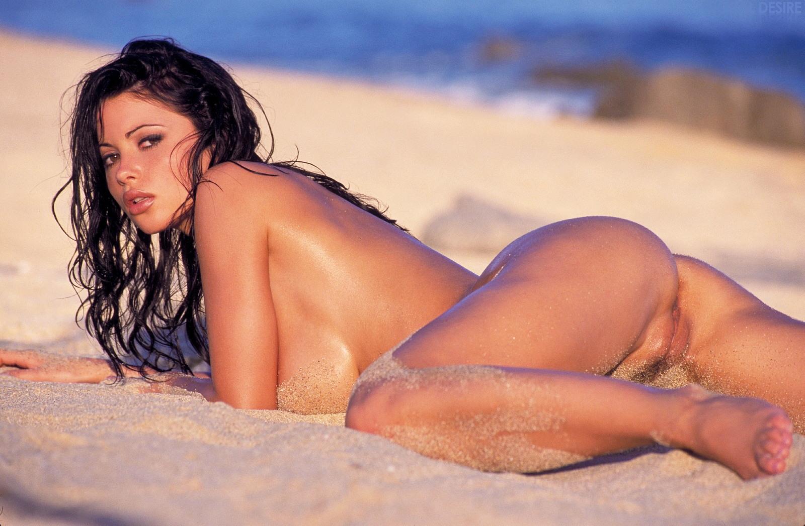 Veronica Portillo Bikini Pics