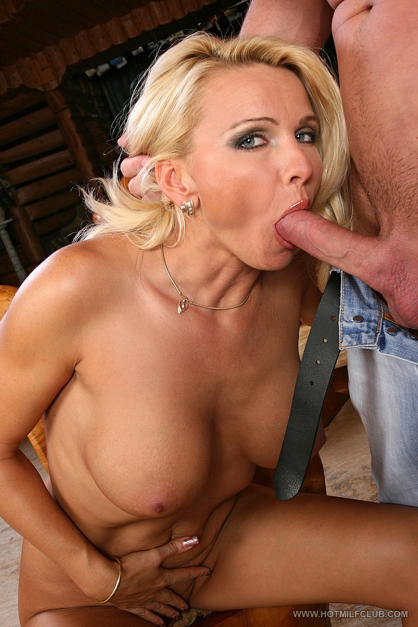 image Sexy mature mom banged in the kitchen hot