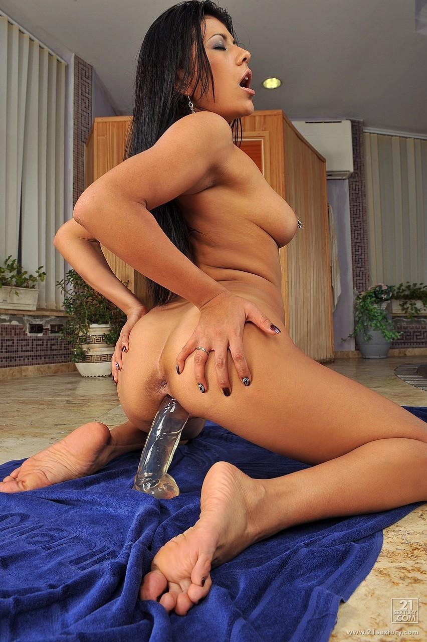 Hot sexy latina riding big dildo squirting tight clit free xxx galeries