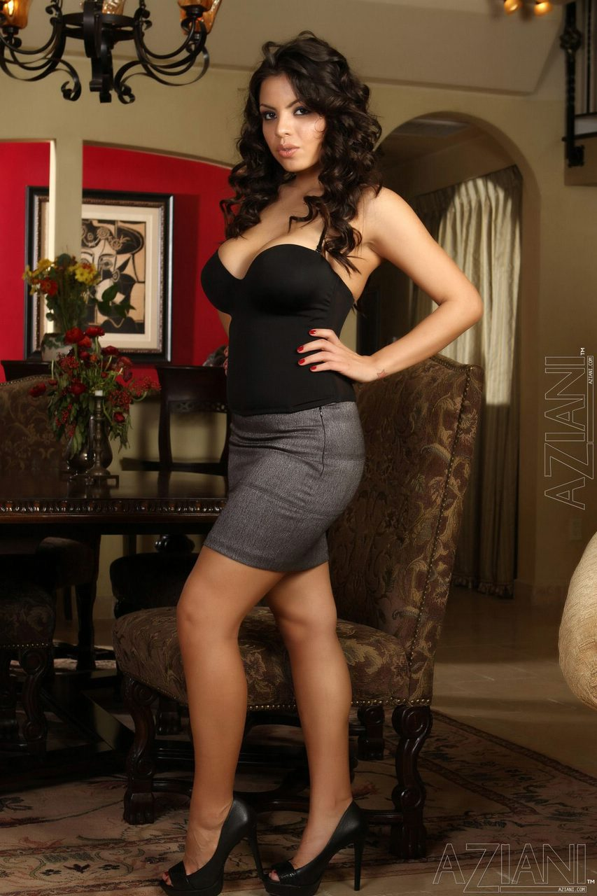 image Yurizan beltran sexy latina babe