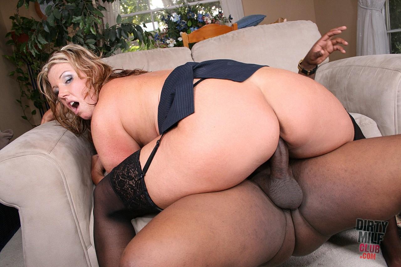 Porn blonde anal