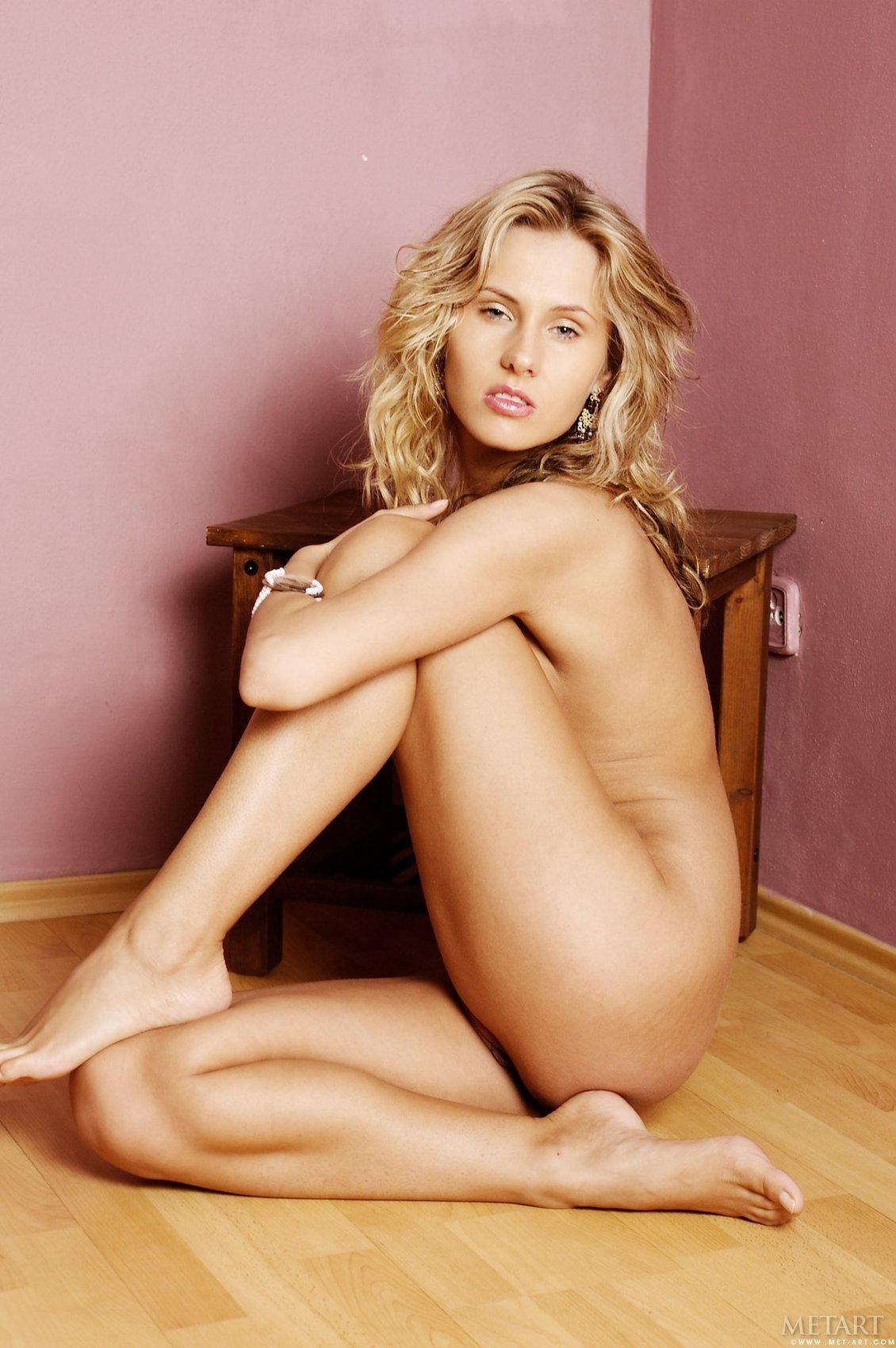 nudes young virgin girls pics